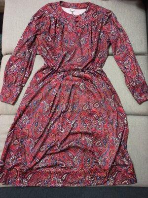 Vintage Kleid mit Paislymuster