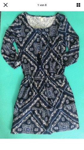 Vintage Kleid mit Rüschenrock von Springfield