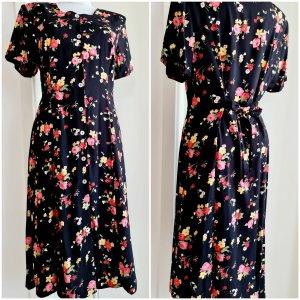 Vintage Kleid mit Schulterpolster