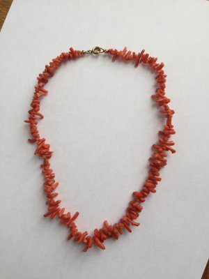 Necklace bright red-sand brown