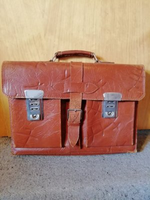 Briefcase cognac-coloured leather