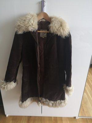 Cappotto in pelle marrone scuro