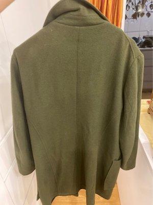 Vintage Mantel in dunkel grün!