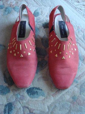 Vintage - new Line fashion Sandaletten mit goldenen Metallnieten Gr. 38 tomatenrot