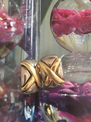 Earclip gold-colored-silver-colored
