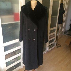 Floor-Lenght Coat black wool