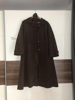 vintage oversized mantel