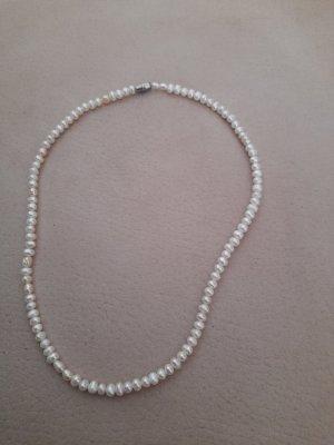 Vintage Perlenkette 47 cm lang