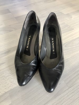 Vintage Peter Kaiser Pumps