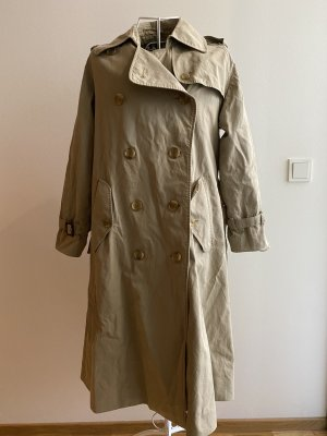 Vintage pre-loved Burberry trench