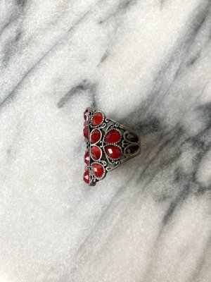 Vintage Statement Ring silver-colored-dark red