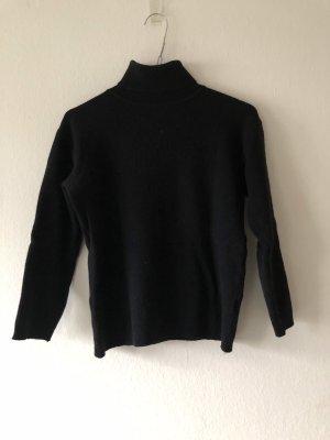 Turtleneck Sweater black wool