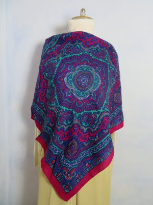 Shoulder Scarf multicolored wool