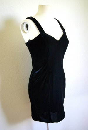 Vintage Samtkleid schwarz, elegantes Abendkleid Samt, preppy blogger alternative