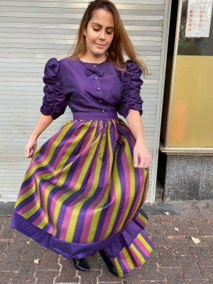 True Vintage Woven Twin Set multicolored