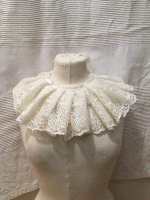 Cols de blouses blanc-blanc cassé tissu mixte