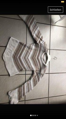 Szydełkowany sweter biały-jasnobrązowy