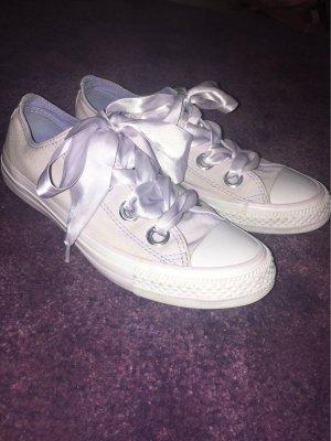 Violette Converse Schuhe