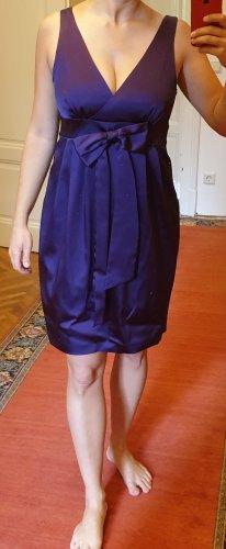 Violettes Abendkleid im Seidenlook von OuiSet