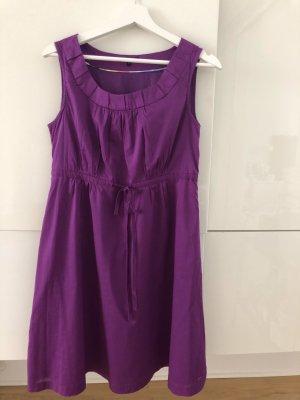Violettes Sommerkleid von Tommy Hilfiger