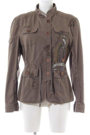 Vive Maria Militaryjacke braun Motivdruck Street-Fashion-Look