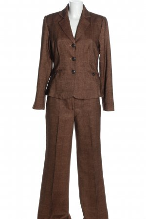 Vivien Caron Twin Set tejido marrón estilo «business»