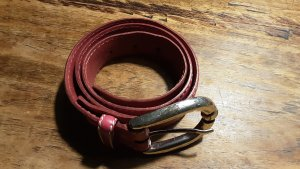 VMP Leather Belt raspberry-red leather