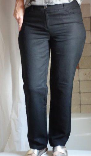 Vögele leichte Hose, Leinenmischung 55% Leinen, 45% Baumwolle, luftig, angenehm zu tragen, schwarz, gerade geschnitten, eher weiteres gerades Bein, 100% Leinen, Gürtelschlaufen, 6 Pocket (6 Taschen), längliche Steppnähte, hoher Bund TOP Zustand, Gr. 36