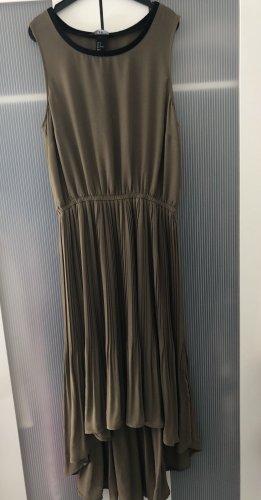 H&M Robe bas asymétrique kaki-gris vert
