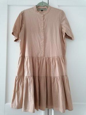 Volant-Kleid