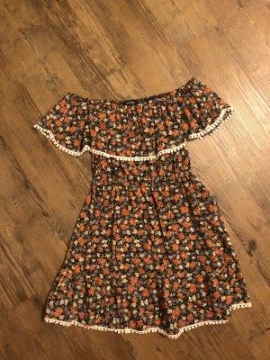 Volant-Kleid mit hübscher Bordüre, Gr. 36