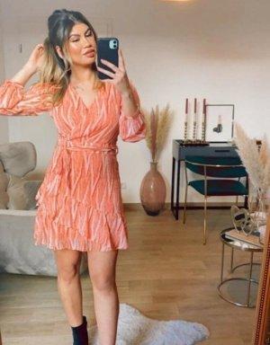 Boutique Comtesse Sukienka z falbanami łosowiowy