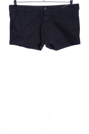 Volcom Pantalón corto negro look casual