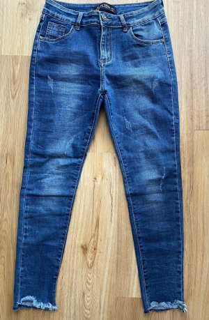 VS MISS LUXURY Italy Denim Jeans Destroyed Skinny offener Saum Blogger