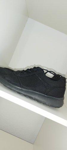 VTY High Top Sneaker black