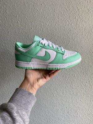 W Nike Dunk Low green glow