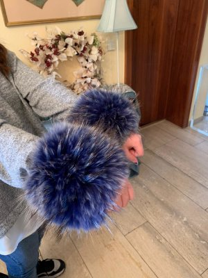 Fur Gloves dark blue-pale blue