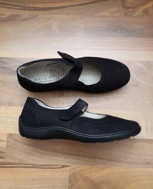 Waldläufer Slipper schwarz mit Klettriehmen Damenschuhe Schuhe Gr. 5,5