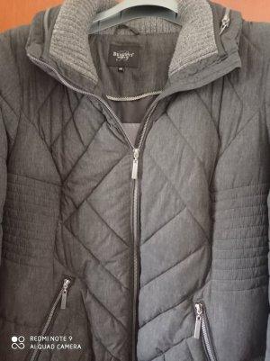 Warme Jacke 50