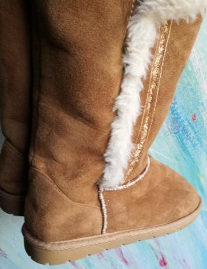 Atmosphere Fur Boots light brown