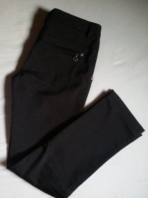 Warme schwarze Hose