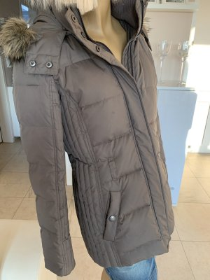 Warme Steppjacke .. Winterjacke .. schlammfarbend .. Gr. 38 # Esprit # neuwertig