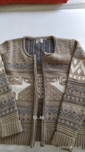 warme Strickjacke mit winterlichen Motiven, Gr. 46