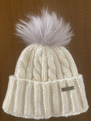 Sportalm Futrzana czapka w kolorze białej wełny