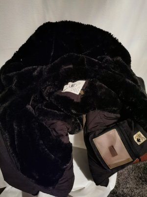 Warme Winterjacke von Khujo mit Faux Fur (Gr. XS)