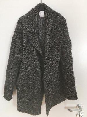 Warmer dunkelgrauer Mantel