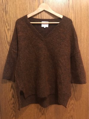 Second Female V-Neck Sweater carmine-brown red wool