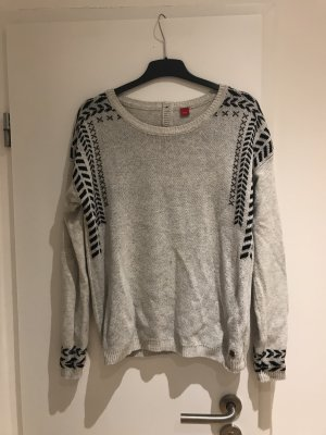 Warmer Pullover mit Muster von s.Oliver