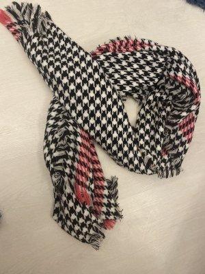Warmer Schal schwarz-weiß-pink