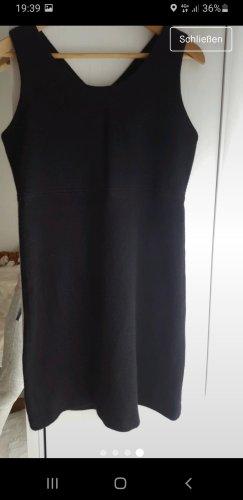 Warmes Kleid